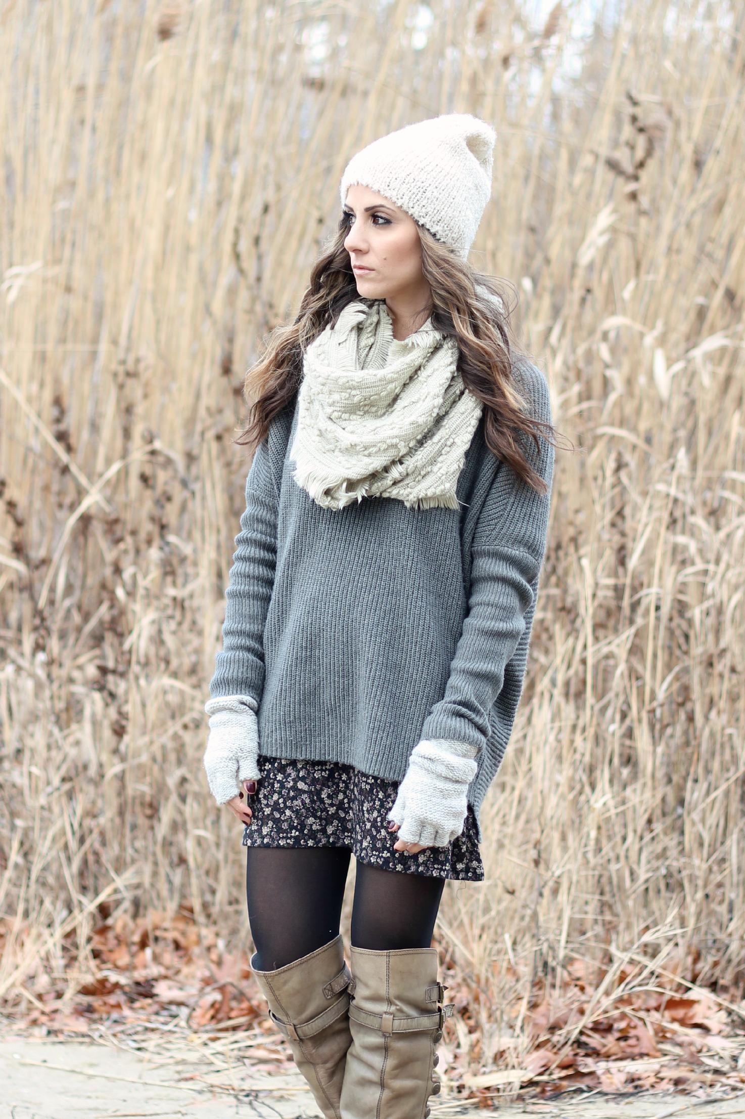oversized sweater fashion trend, floral dress, cozy knits, winter boho style, Sam Edelman Pierce boot