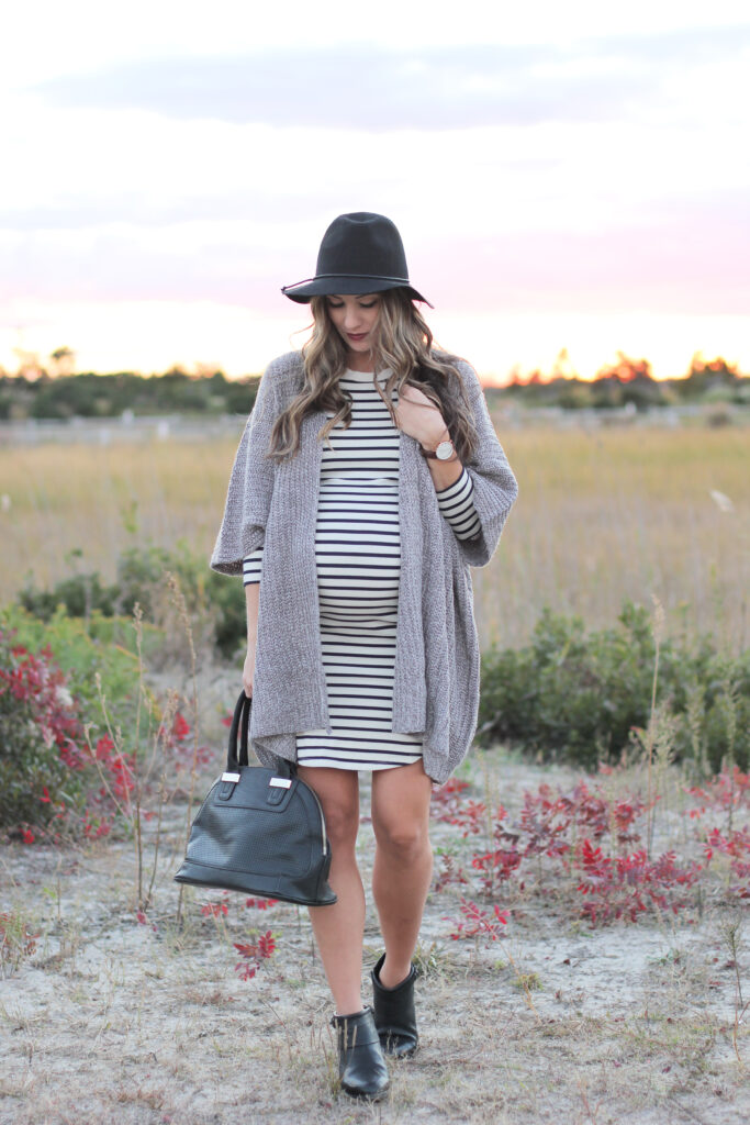 Fall maternity style with the perfect pair of black booties, Clarks Gelata Freeza