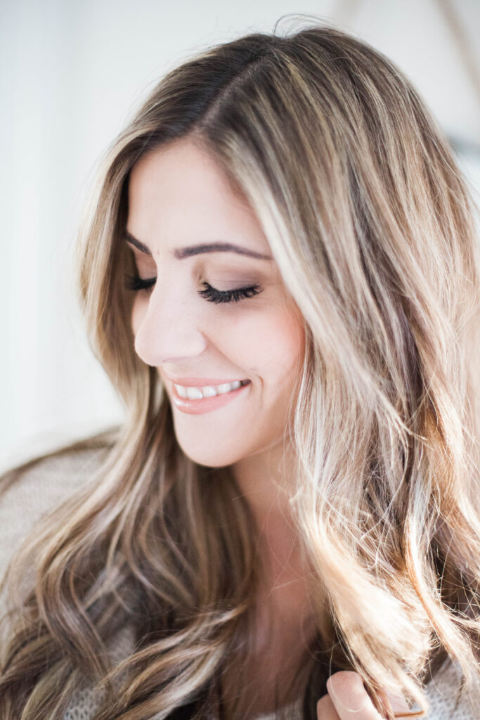 An easy date night makeup tutorial featuring products that can be found at your local drugstore. Perfect for the mom on a budget!