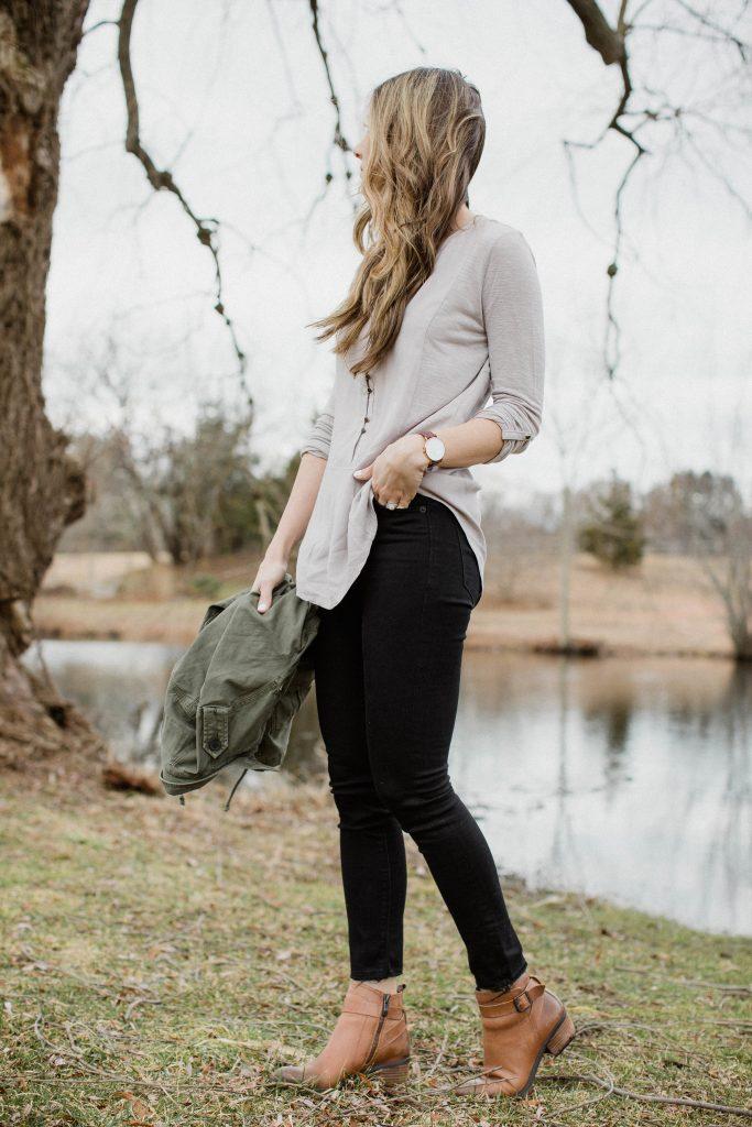 These frayed black skinny jeans are great for a casual Valentine's Day outfit!