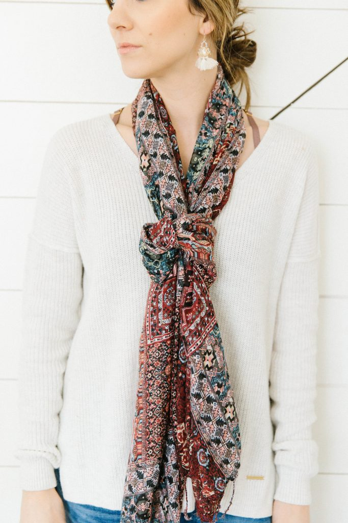 Check out this Knotted Necklace Scarf, an easy and fun way to tie your scarf!