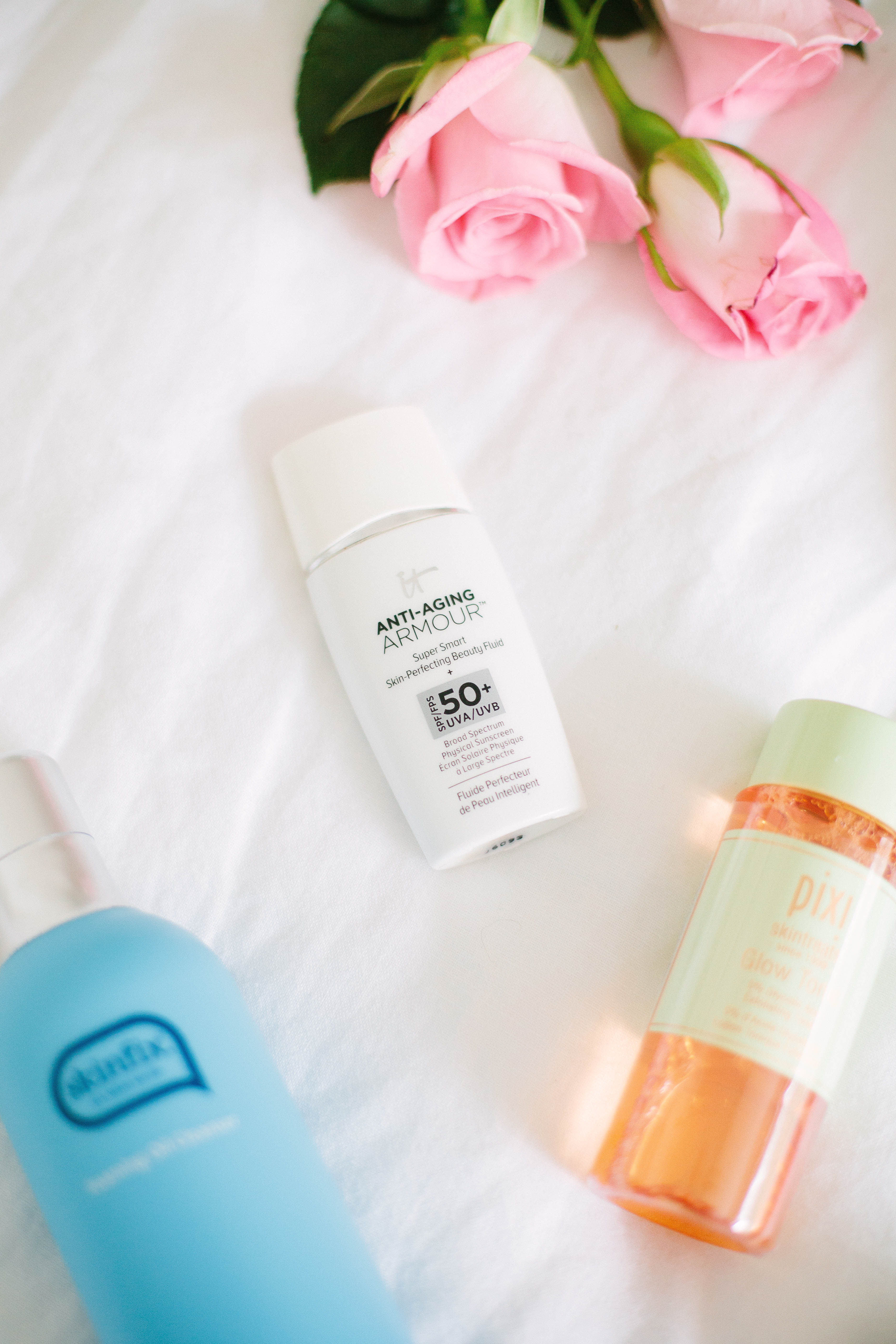 Pregnant and wondering what skincare products are safe to use? Check out this Safe for Pregnancy Skincare Routine and tips on what to look for in products!