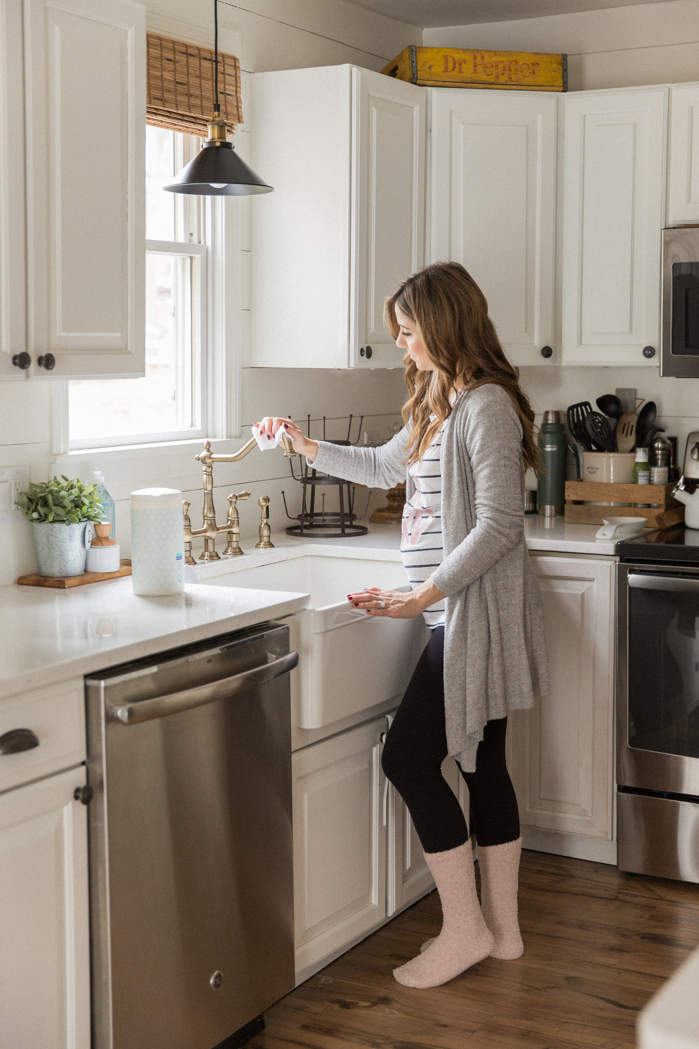 Life and style blogger Lauren McBride shares her Tips for a More Natural Home, including basic steps busy parents can take to make their home more natural.