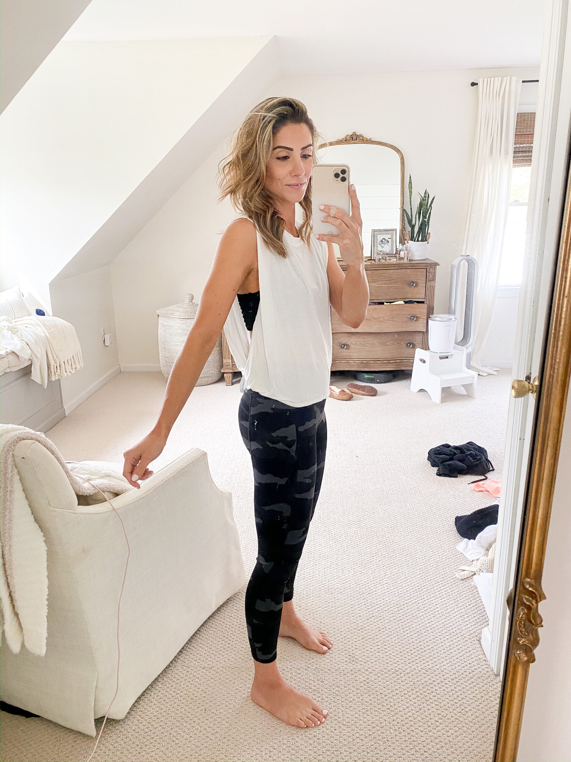 Connecticut life and style blogger Lauren McBride shares a weekend sale roundup featuring loungewear, workout wear, and spring shoes.