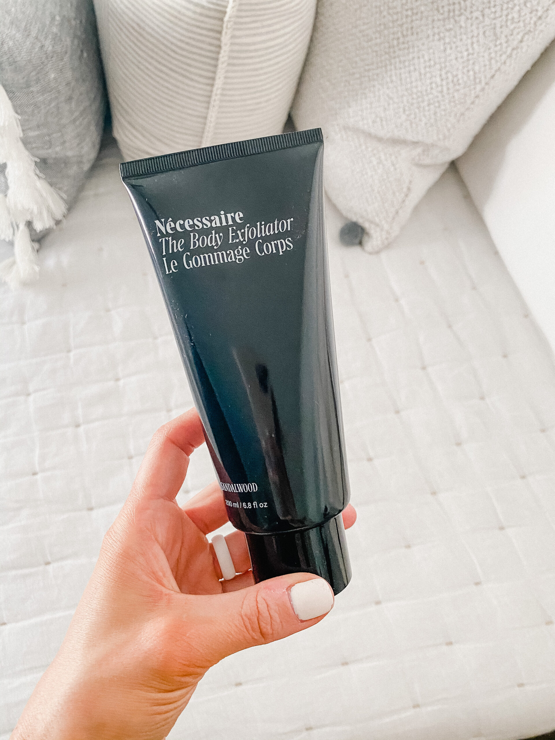 Connecticut life and style blogger Lauren McBride shares her self tanning tips plus favorite products to prep and tan her skin.