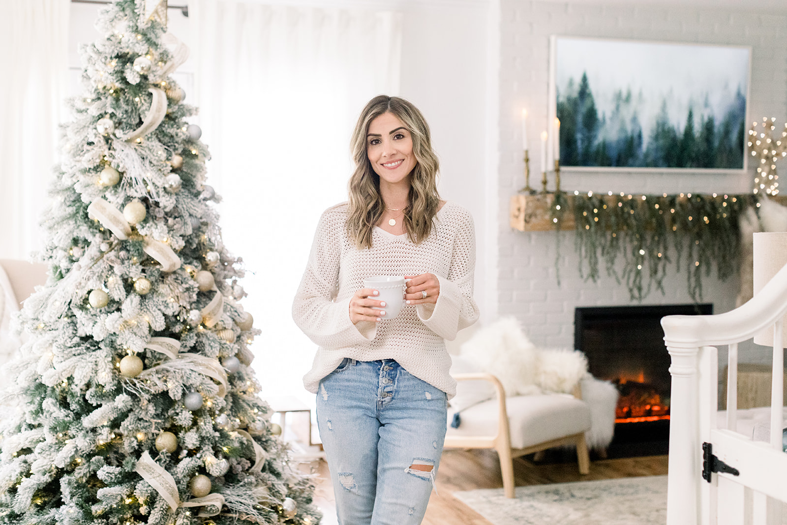 Connecticut life and style blogger Lauren McBride launches her second self-designed collection on QVC to celebrate Christmas in July.