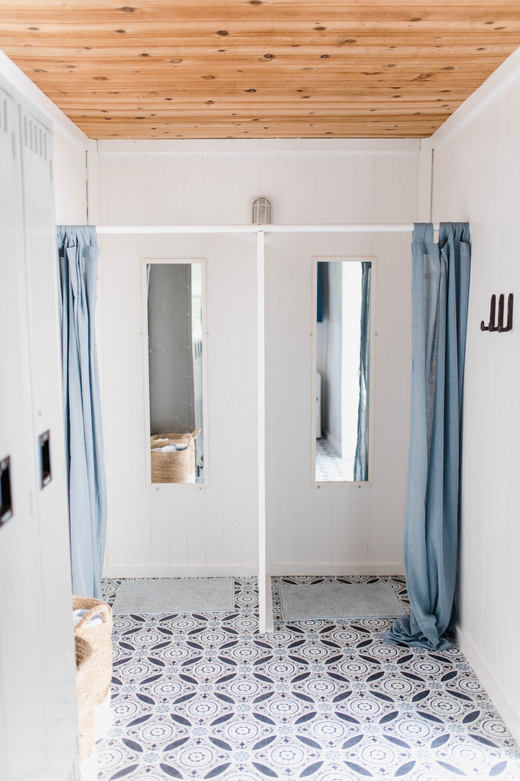 Connecticut life and style blogger Lauren McBride shares her modern coastal pool house makeover, complete with source list.